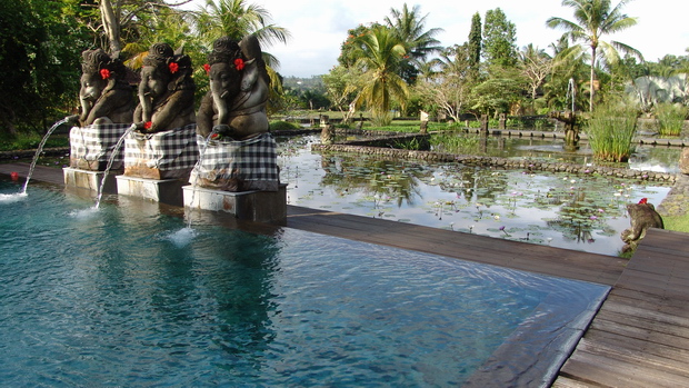 pool-in-landschaft-the-chedi-bali-dsc08647